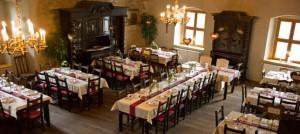 Rustikale Burg als Hochzeitslocation